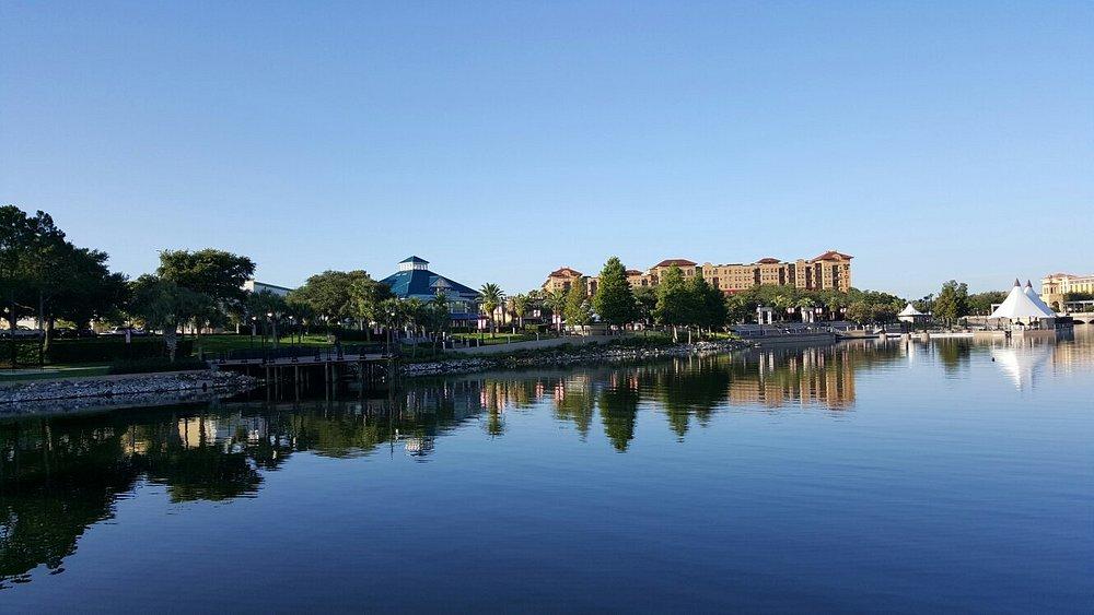 Beautiful view across the lake.