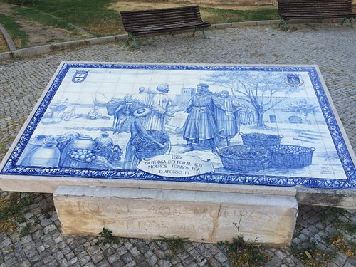 Dom Afonso III e Mouros