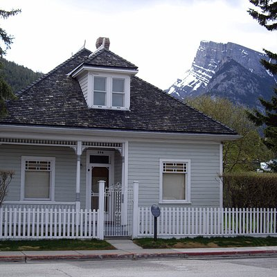This is the Luxton Historic Home Museum at 206 Beaver Street.