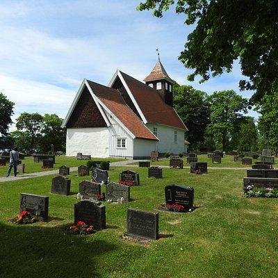 Roedenes Church