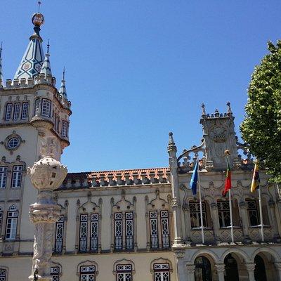 Parte alta de la fachada del ayuntamiento