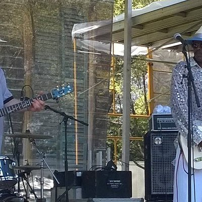 Fernando Jones y Gabriel Delta en el Chicago Blues Fest 2016