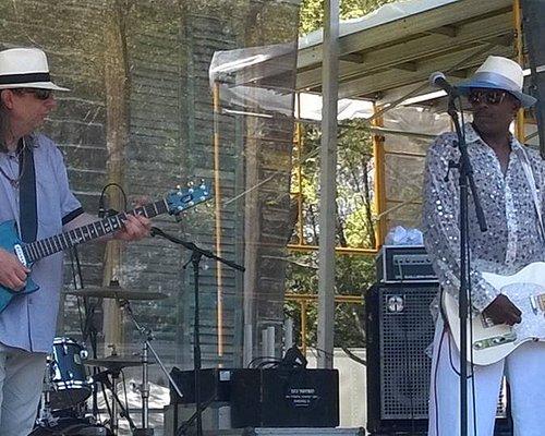 Fernando Jones y Gabriel Delta en el Chicago Blues Fest 2016