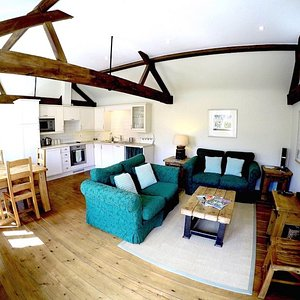 Magdalen-Living-Room-Oxford-Country-Cottages