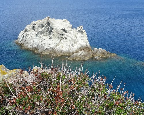 """The rock called """"La Nave"""" at the end of the Enfola headland"""