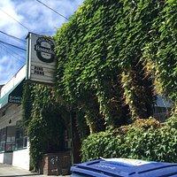 Roanoke Park Place Tavern