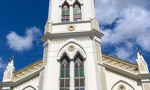 Igreja da Praça Lourival Monte