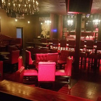 Brandos Speakeasy Room
