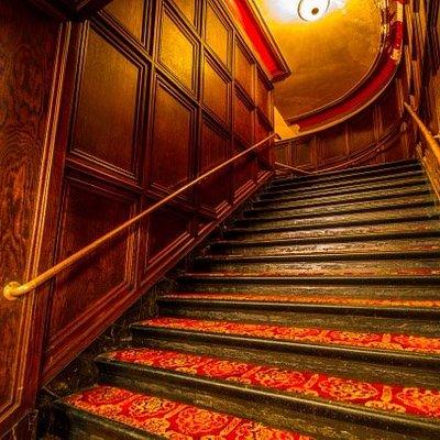 Steps leading to the balcony and box seats. Photo credit: jeffhollon.com
