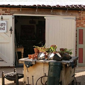 Jim's Antiques Salvage & Timber