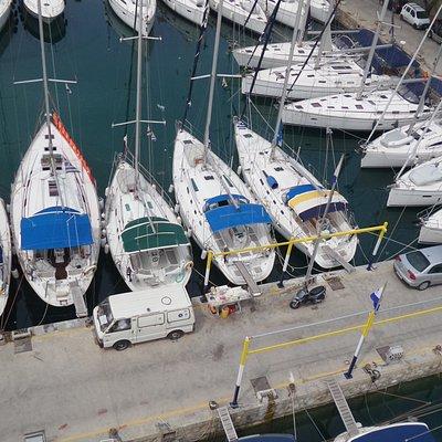 Pier 6 in Alimos Marina