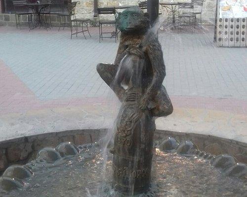 """Фонтан """"Обезьянка"""""""