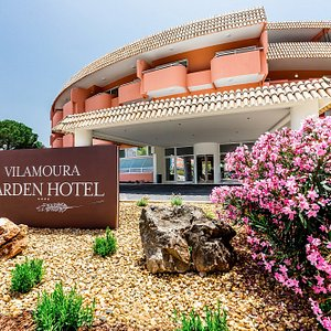 Main entrance Vilamoura Garden Hotel