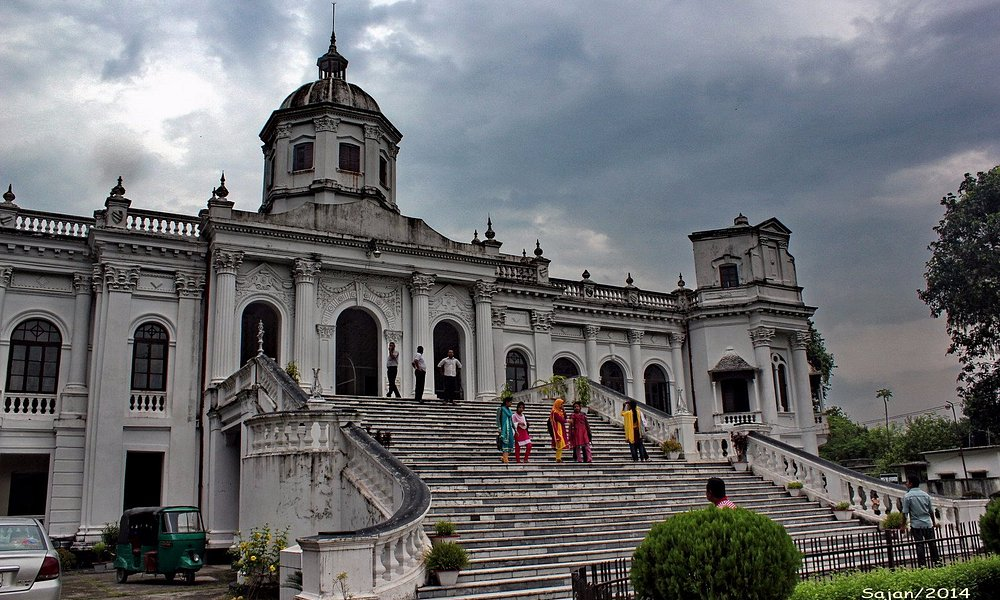 Tajhat Palace - Front Right Corner