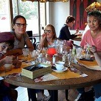 Met mijn nichtje en partner en gezin lekker eten bij de Bonte Veer