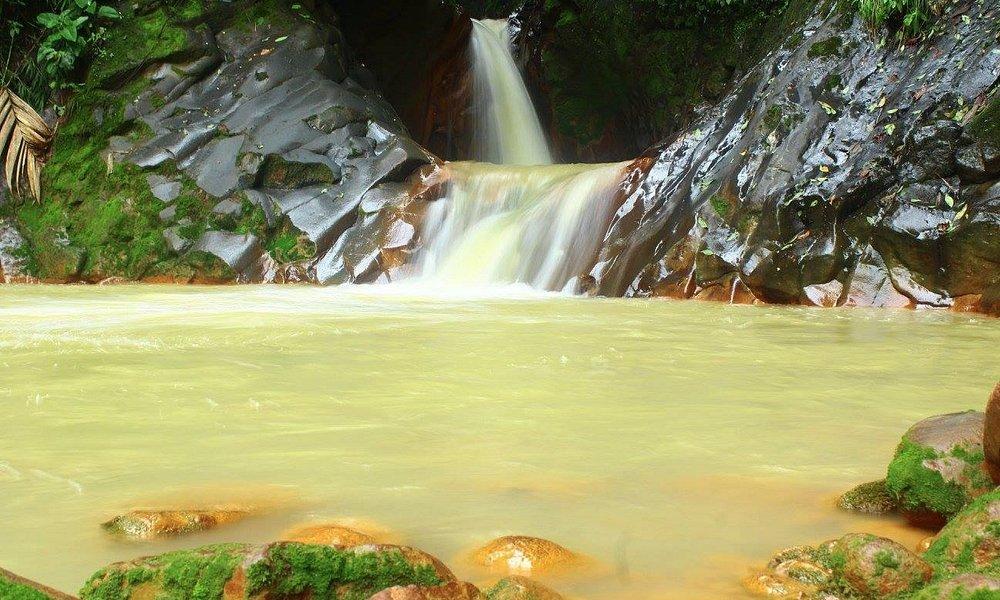 Río de origen volcánico espectacular!!!!