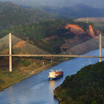 Tour to the Panama Canal