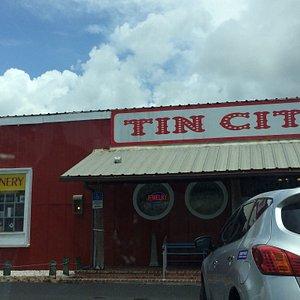 The Naples Winery at Tin City