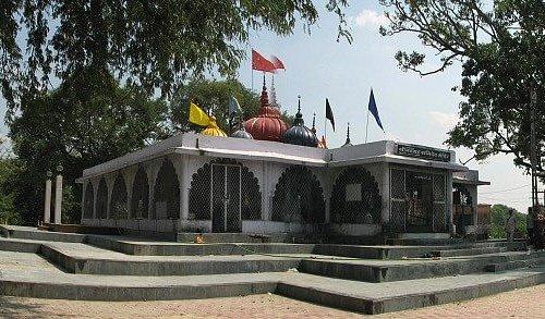 Nav Greh mandir famous for shani pooja
