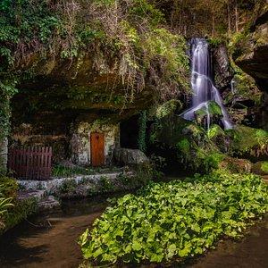 Der Lichtenhainer Wasserfall, alle 30 Minuten gibts mehr Wasser