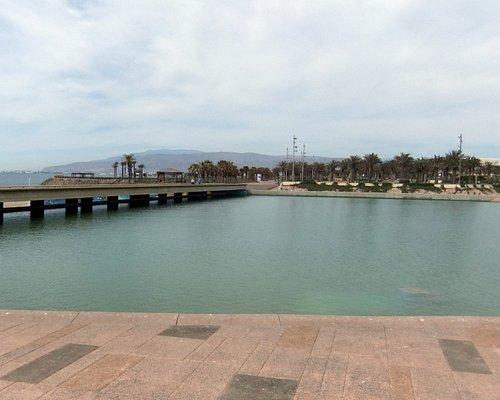 Plaza del Mar, El Toyo nr Retamar © Robert Bovington