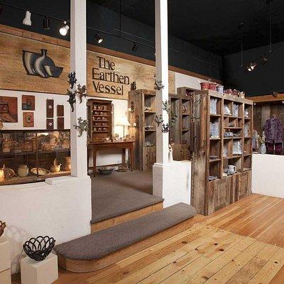 Earthen Vessel Gallery