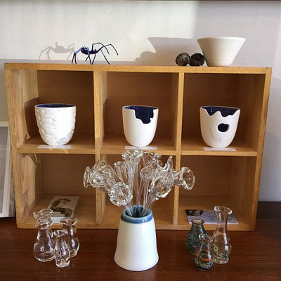 Tasmanian glass and ceramic artists