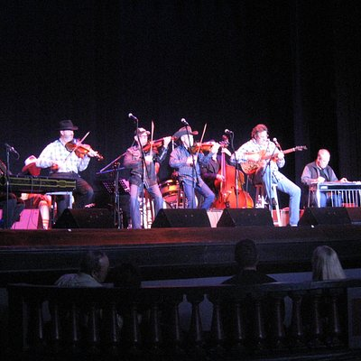 Time Jumpers with Vince Gill at the Beacon in Hopewell
