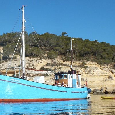 Annette Rosenkilde at anchor in Portals Vells