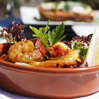 King prawns with peppers, tomatoes and chilli garlic