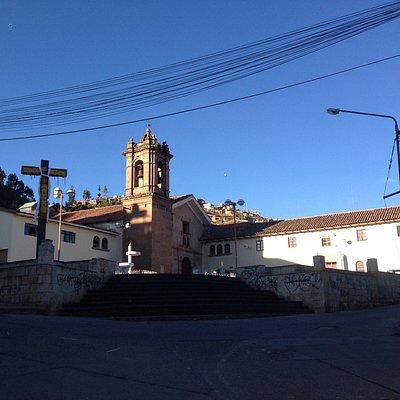 Vista del templo, convento y plazotela