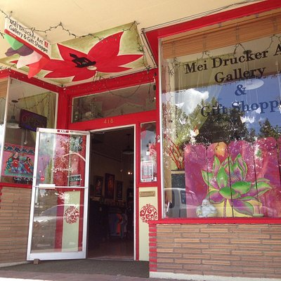 the beautiful shop of Mei Drucker Art Gallery