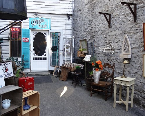Entrance to our eclectic shop!