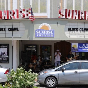 """Blues Band plays in front of the Sunrise Theater as part the """"Blues Crawl"""" event"""