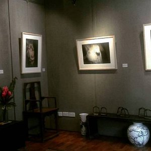 Carefully selected vintage and contemporary art pieces from Asia and Europe