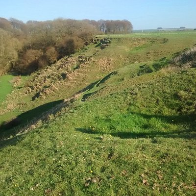 The contours of the hillfort