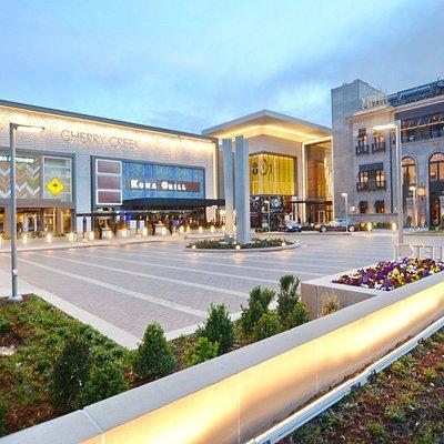 Valet Plaza