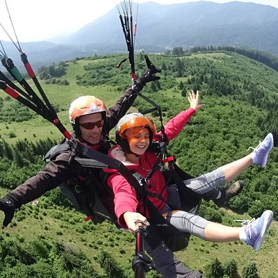 happy paragliding experience