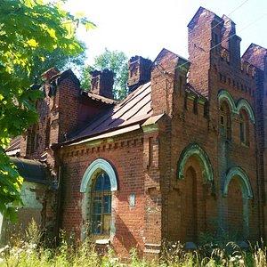 Конюшенный двор князя Орлова