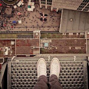 Base Flying am Park Inn Berlin-Alexanderplatz
