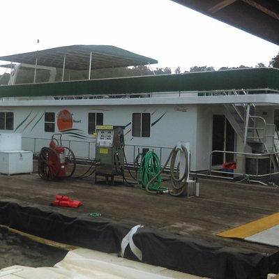 74 foot Houseboat, Sunset Marina, Lake Dale Hollow Tenn.