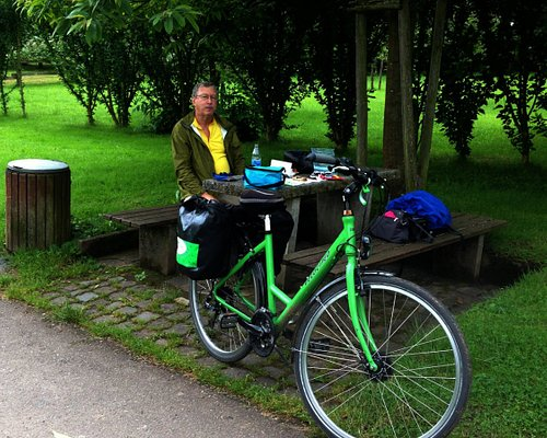 Great bike for river riding in the Rhine!
