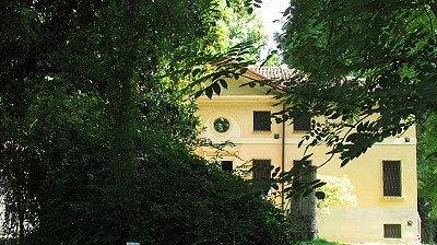 La villa ottocentesca sull'isola Boschina