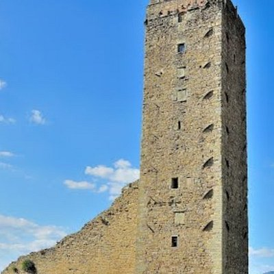 Espectacular torre etrusca