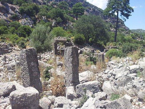 pinara antik kenti-agora