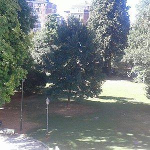 Parco Rignon e Villa Amoretti corso Orbassano 200 Torino