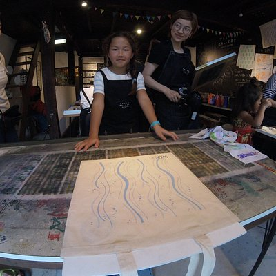 This traditional Japanese art work shop is awesome... Kids love it too.  Lots of col patterns to