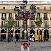 фонари на Королевской площади