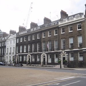 18th-century buildings on Bedford Square