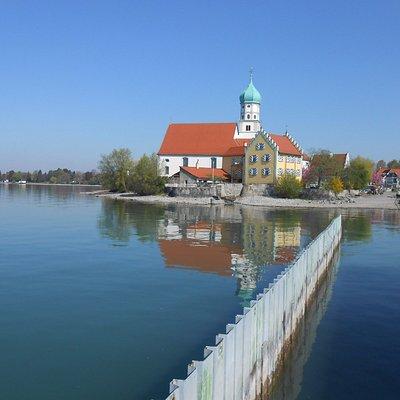 Wasserburg, um dos lugares mais fotografados da Alemanha.